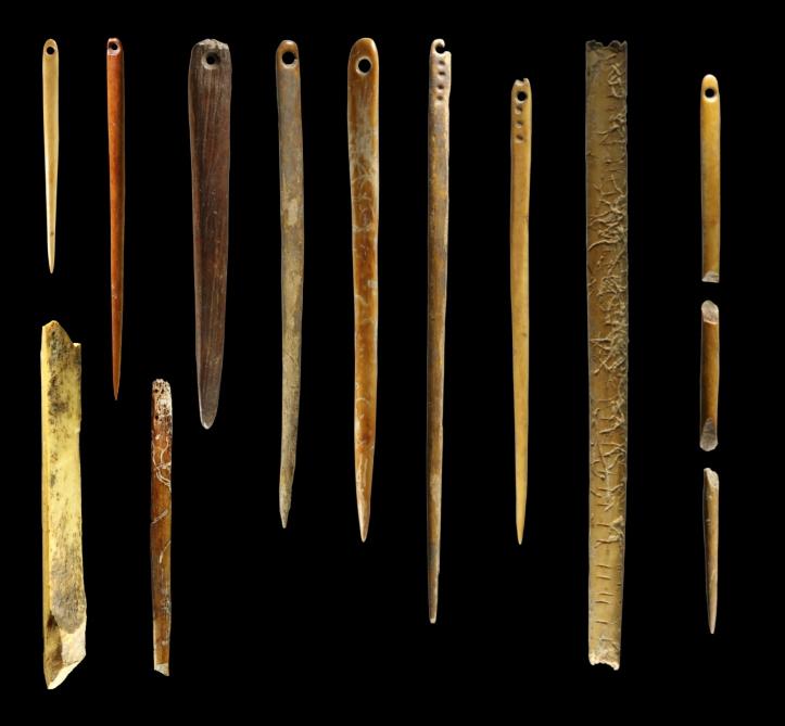 Walrus ivory needles, Yana-site, Russia.jpg